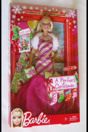 barbie a perfect christmas Natale Perfetto Happy Holidays Dress Blond Pink Doll